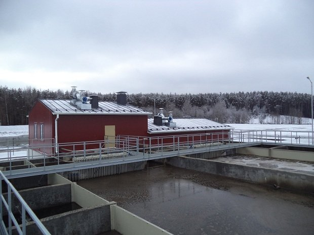 Wastewater treatment plants for small urban areas